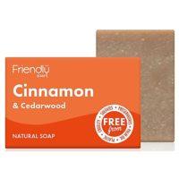 Friendlÿ zeep met kaneel & cederhout